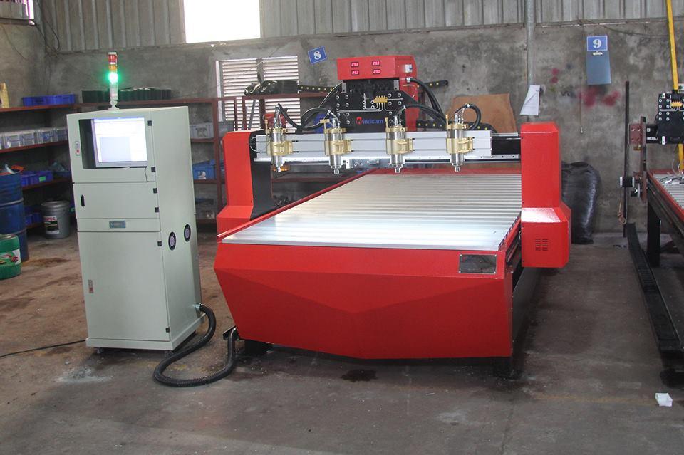 Tìm hiểu mẫu máy CNC khắc gỗ bán chạy nhất của Đông Phương năm 2018